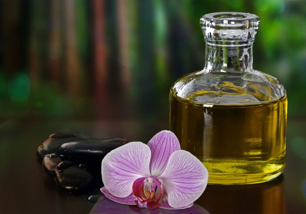 3-Oils Mask To Make Hair Straight Naturally At Home